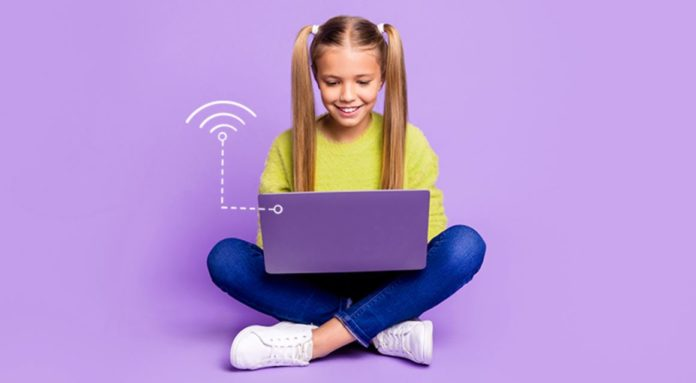 Democrats Support Extension to Expand Internet Access for Students: Accepts FCC