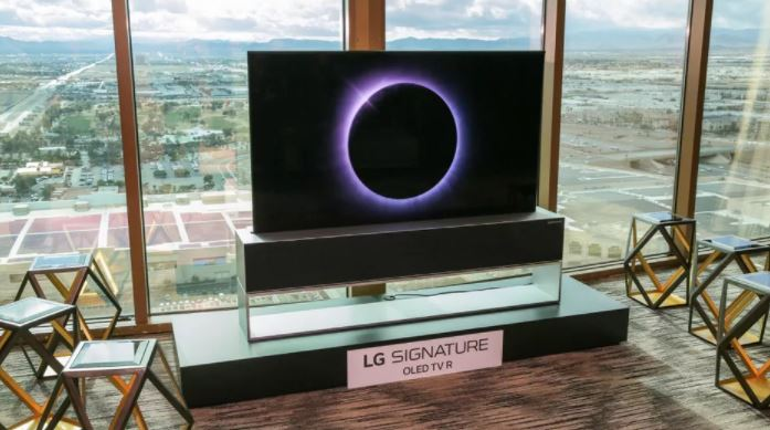 Despite high prices, LG might sell thousands of rollable OLED TVs