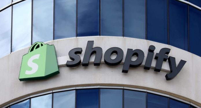 Shopify flies after the e-commerce boom, generating big profits