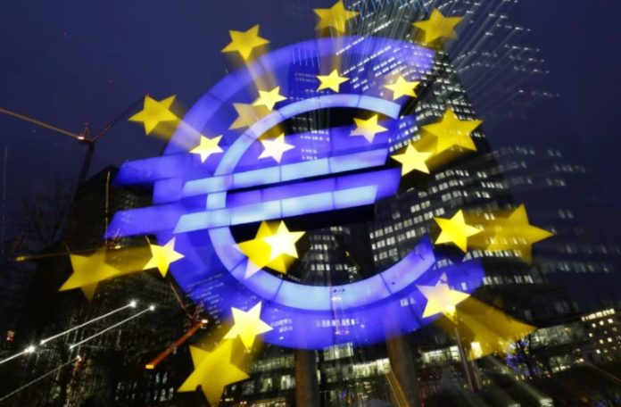 The European economy shrinks in the first quarter as the US reverses