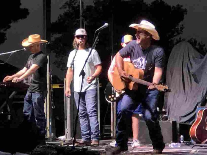 Bear Creek Benefit Concert Raises Funds for Boys & Girls Club of the Big Pines |  News
